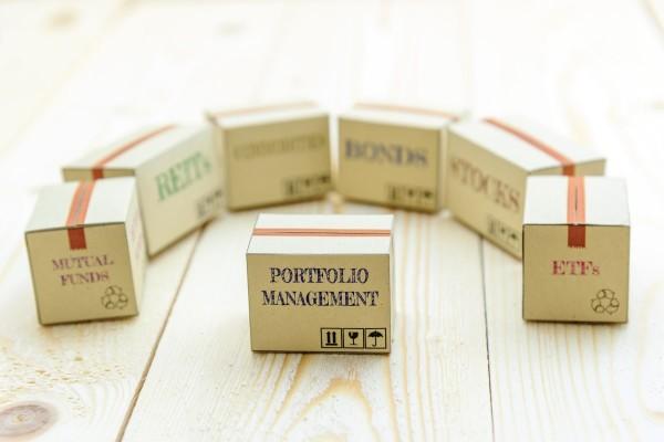 Portfolio-Management_1200x800-min.jpg